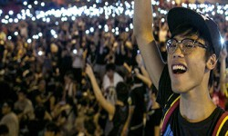 Hong Kong Protesters Vow to Fight 'Forever' as Officials Ignore Demands