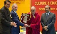 His Holiness the Dalai Lama receiving the Dayawati Modi Award for Art, Culture and Education in New Delhi, India, on 2 December 2011. Photo/Tenzin Choejor/OHHDL